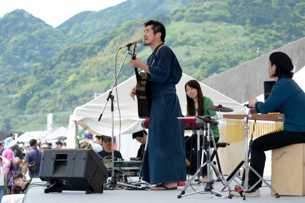 山作戰ライブ with つばっち&塚本先生