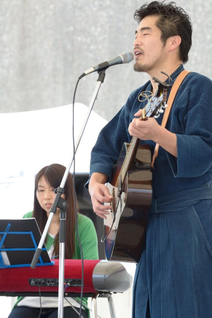 山作戰とキーボードの塚本先生