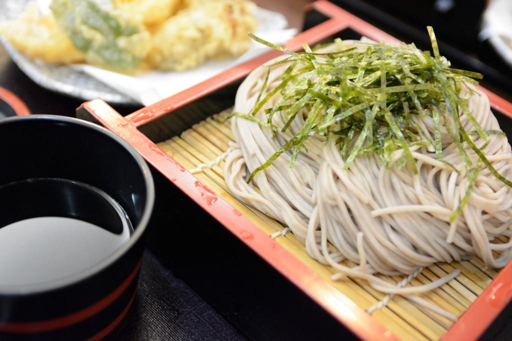 三島駅、楽寿園前にあるお食事処「みしまや」で腹ごしらえ