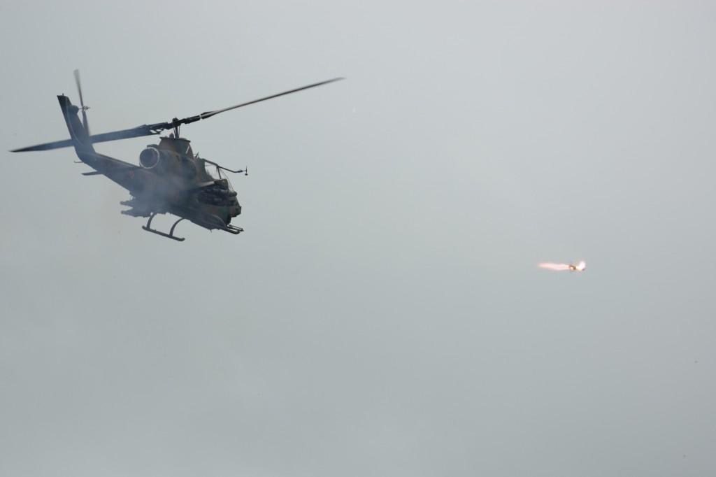 AH-1S コブラの射撃
